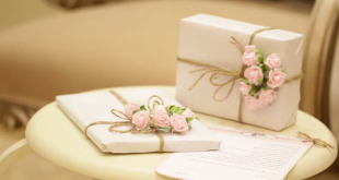 pocket friendly gifts for her